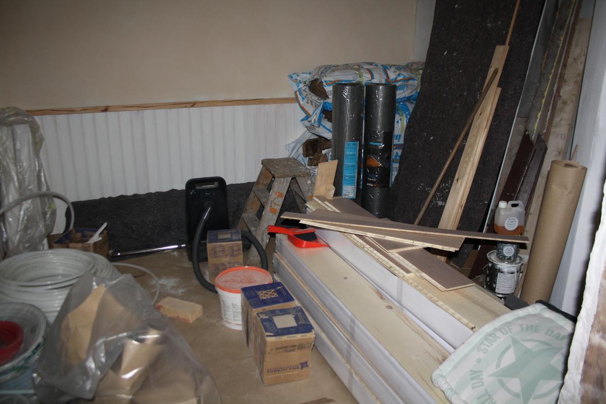 Soveværelse med materialer
